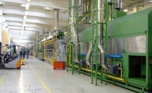 儲かるメーカー改善の急所101項(その58)流れ設備の内製化