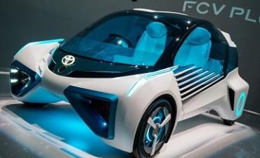 水素エネルギー社会(その1)燃料電池自動車開発