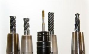 マシニング加工:リーマの下穴加工について