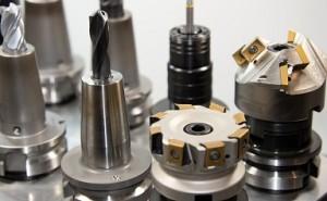 金型設計、3次元CADの種類と選択
