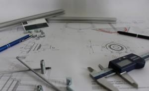 図面寸法基準と実際の作業:中国工場