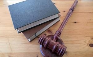 コンプライアンス意識を持とう:ビジネス環境と法律