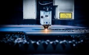 伸びる金型メーカーの秘訣 (その19)金属切削加工業界への新規参入